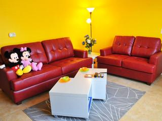 ⭐ Cozy Condo near Disney & Universal ⭐