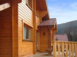 Chalet with garden and patio, La Bresse