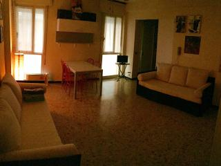 Apartment on the beach close to Venice + 2 Sunbeds, Jesolo
