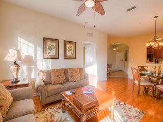 Three-bedroom condo on the second floor is steps from the clubhouse and pool., Orlando