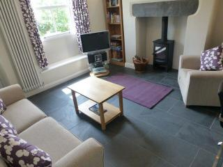 HEARTINGS COTTAGE, Ambleside