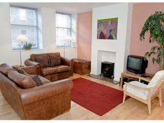 THE CAUSEWAYSIDE APARTMENT, The Southside,  Edinburgh, Scotland, Patrington Haven