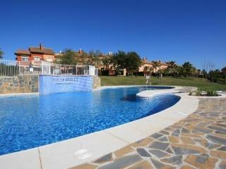 Private Townhouse Marbella, Atalaya, Estepona