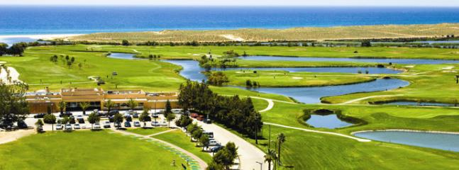 Salgados Golf Course nearby - 5 minute drive away