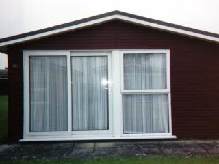 Self Catering Holiday Chalet Padstow Cornwa, St Merryn