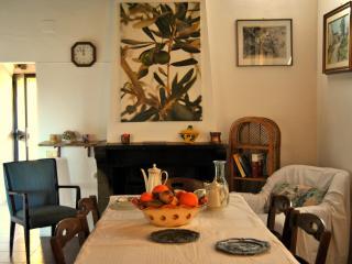 Golden Olive Florence