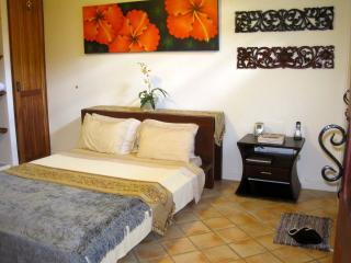 The Villa offers 2 huge bedroom suites, with ensuite bathroom, bedrooms measure 18' x 20' apiece