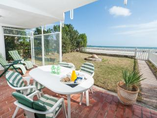 Beachfront Apartment, Port d'Alcúdia