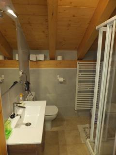 Baño habitación 1