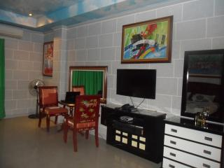 Angeles city condo direct vacation rental, Mabalacat