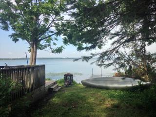 Rent Sandbanks - Cedar cottage rental, Cherry Valley