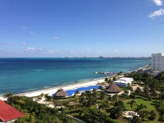 beutiful ocean view penthouse in amara cancun