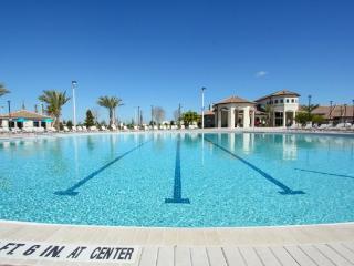 Gorgeous 4 Bed 3 Bath Town Home in Champions Gate Golf Resort. 1542MVD, Loughman