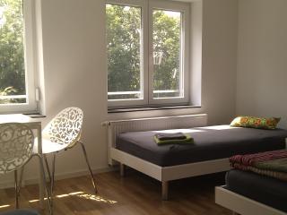 3-Personenzimmer in Degerloch nahe Stadtbahn 6