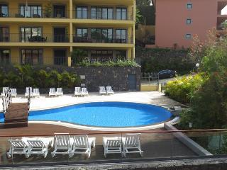 Living Funchal - Shared Swimming Pool & Gym
