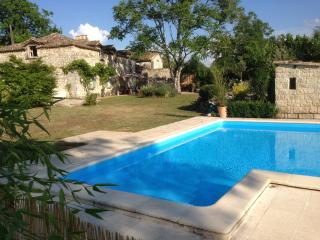 La Maison Pastorale private pool and enclosed garden