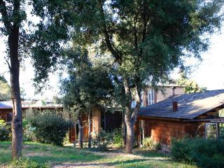 MUD HOUSE - BIO CONSTRUCTION, Rabos