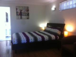 Air Conditioned Studio House FLAT, Bexley
