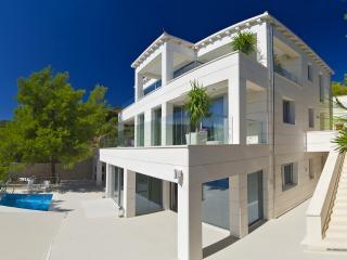 Luxury Villa Silente, Sumartin