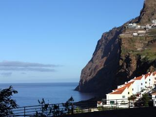 Lobos Bay - Quiet and Peaceful Location, Camara de Lobos