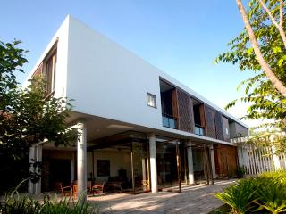 Villa Ni Say (6 bedroom villa, houses 12pax)