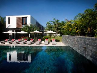 Villa Ni Say (5 bedrooms, Max 10 pax)