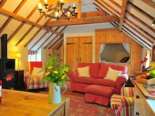 The Manor House Stables - the Hayloft, a warm romantic retreat in Lincolnshire