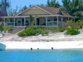 Beach house!!! Best location-Tar Bay+Kayaks!!!, Gran Exuma