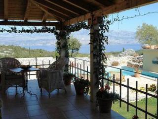 Amazing Tuscany-Styled Villa Overlooking Adriatic