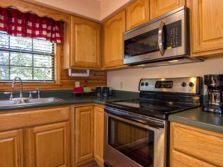Full Equipped Kitchen,Pots N Pans,Dinnerware,Silverware,Dish Towels, Dawn, Cascade
