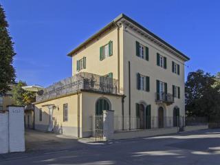 Villa Laura, Lucca
