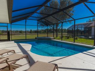20 mins to Disney, Immaculate 6 Bed, Private Pool