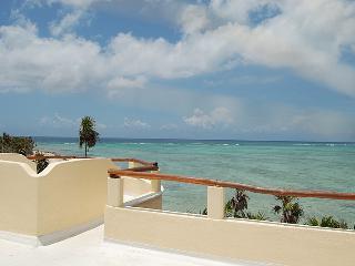 Casa del Perro Feliz,Tankah Tropical Beach Getaway, Tulum