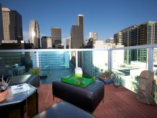Downtown Sky Suites, Los Angeles
