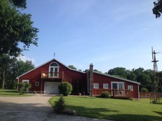 Vintage Barn Ozark Vacation Rental