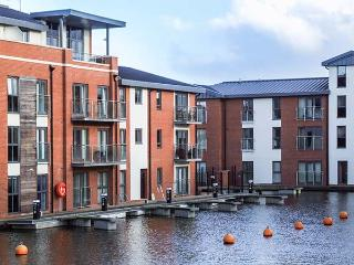 4 RIVER VIEW, apartment with view of canal basin, balcony, walks from door