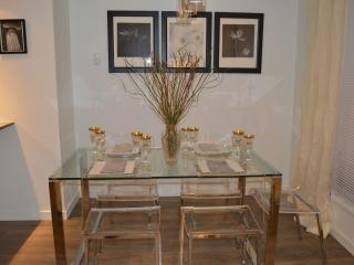 A Serene Pristine Condo at the Union-Monthly only, Victoria