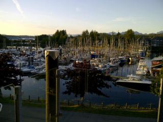 Dockside at The Moorage, Ucluelet