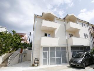 Apartments - AP Flores 1 (Lavander) Okrug Gornji