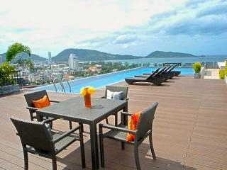 New flat close to the beach in Patong
