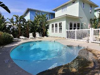 Texas Big House, Pool, 5 bedrooms, 3.5 baths, Village Walk, Gated Community, Port Aransas