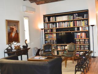 Beautiful 2BR apartment in Recoleta, Buenos Aires