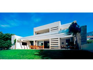 Luxury Villa Bol