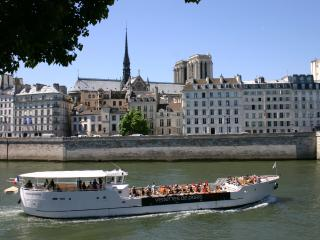 Majestic River View - Ile de La Cite Notre Dame, Paris