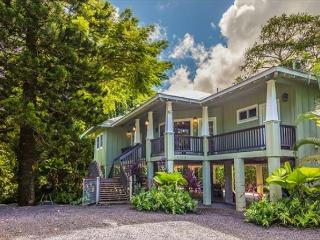 Ipo Hale, Great Hanalei Location right on Weke Rd!