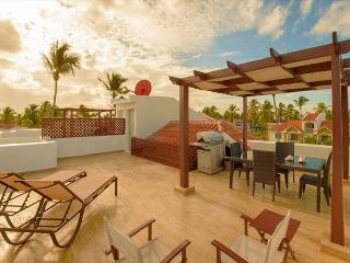Arenas de Bavaro F302 - Walk to the Beach, Inquire About Discount Promo Code, Punta Cana