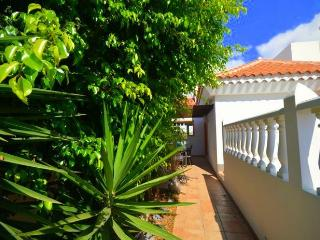 Villa in La Caleta with pool for rent, Costa Adeje