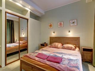 Gorgeous 2-bedroom apt on B. Morskaya, 13, St. Petersburg