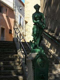 Picturesque Statue outside House