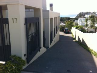 BRIGHTON BY THE SEA-Apartment, Mairangi Bay